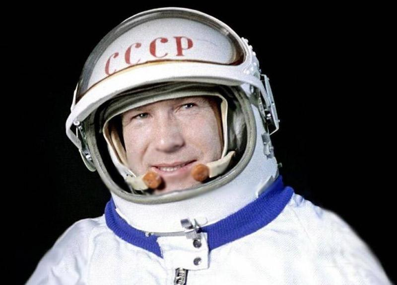 Alexei Leonov kimdir kaç yaşındadır, nerelidir?