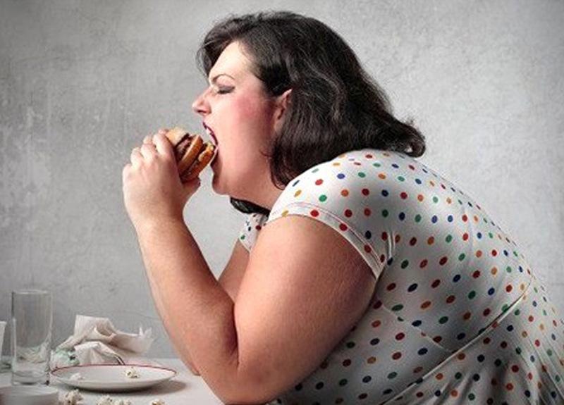 Obezler sağlık harcamalarına 2, 5 kat fazla para ödüyor