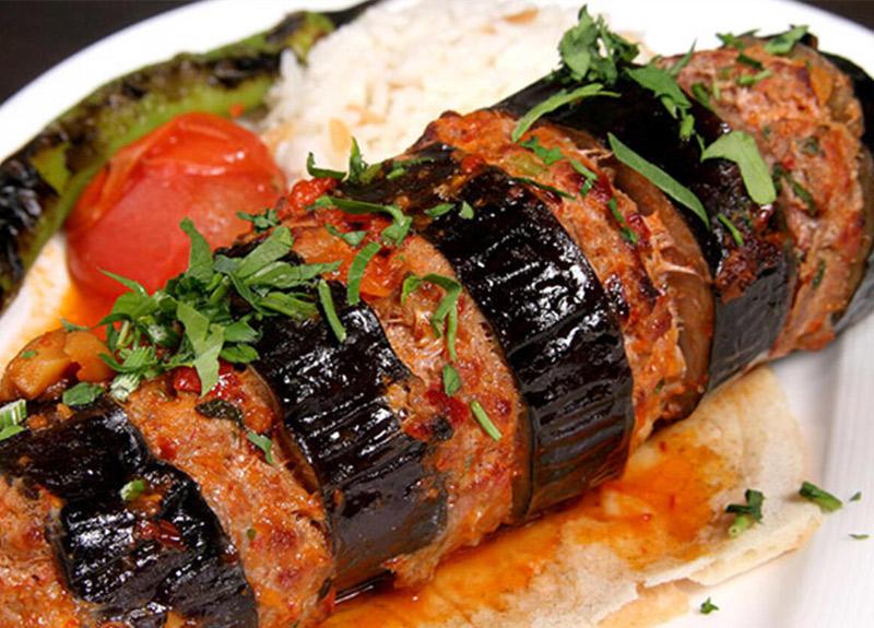 Fırında patlıcan kebabı nasıl yapılır? İşte fırında patlıcan kebabı tarifi ve malzemeleri