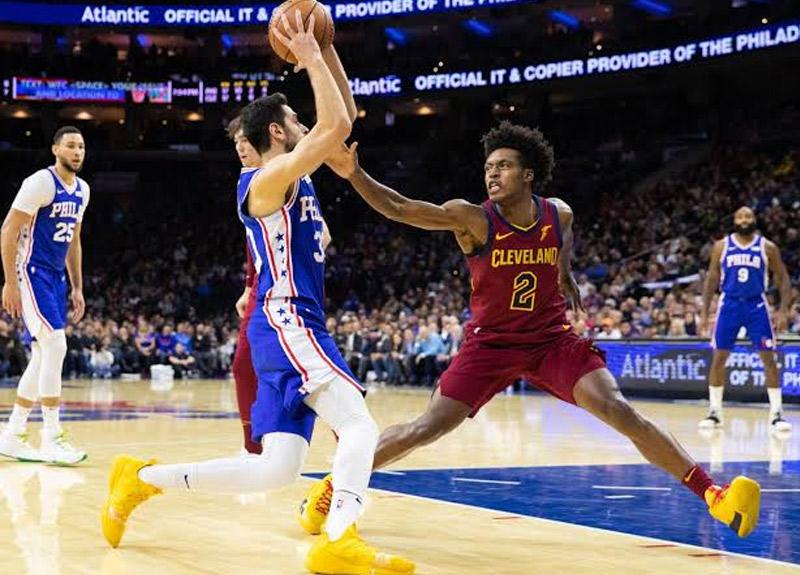 NBA'de Furkan Korkmaz ile Cedi Osman karşılaştı! Furkanlı Philadelphia 76ers, Cedili Cleveland'ı 98-97 yendi