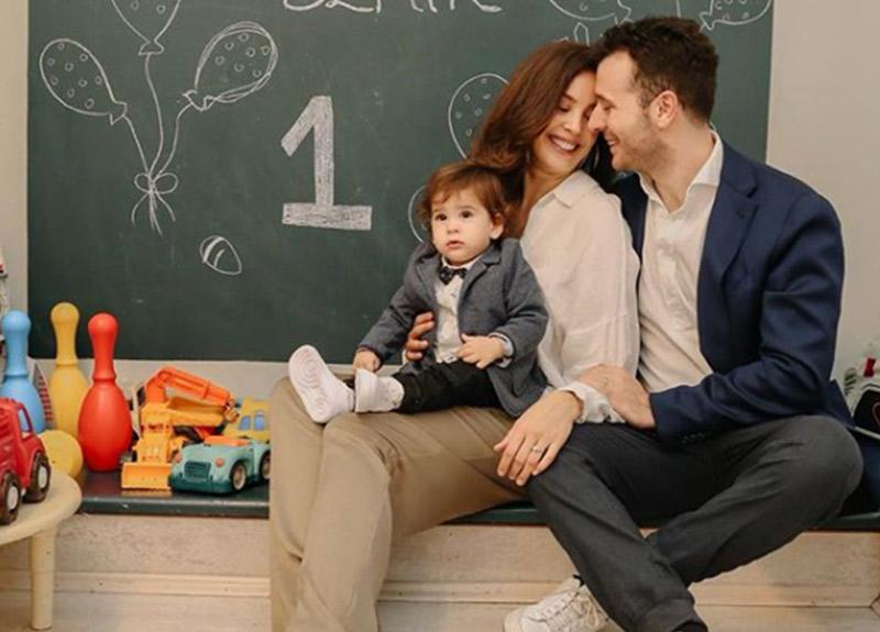 Azra Akın - Atakan Koru çiftinin oğlu Demir 1 yaşına bastı