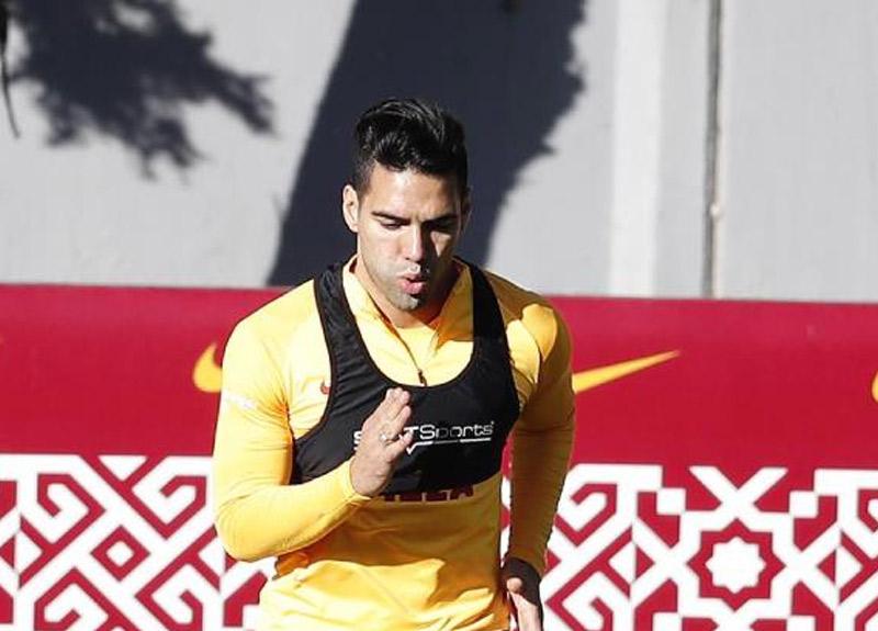 Galatasaray'da Falcao çalışmalarına başladı