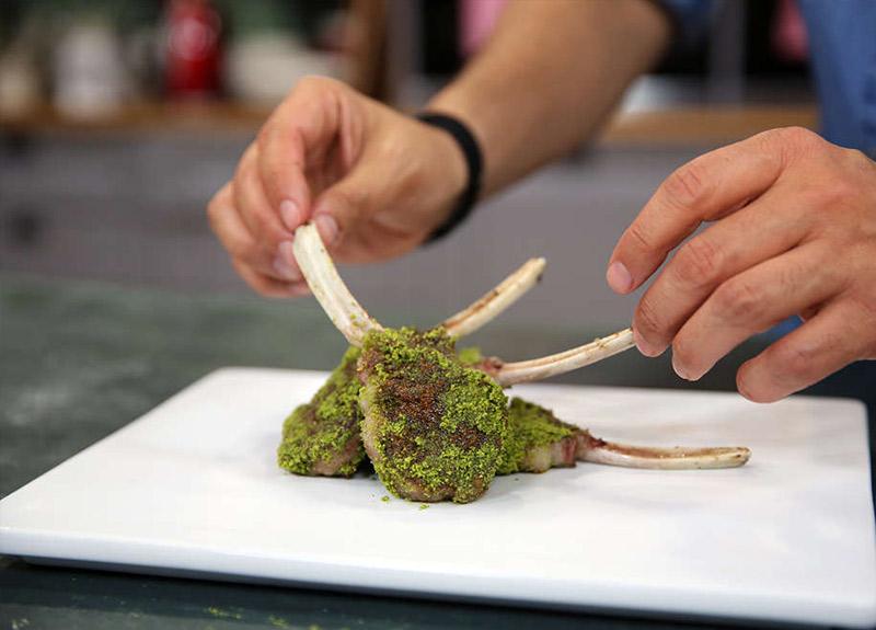 Kuzu pirzola nasıl yapılır? İşte 16 Aralık MasterChef kuzu pirzola tarifi ve malzemeleri