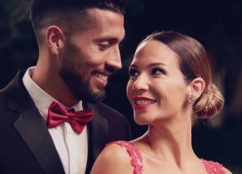 Ünlü futbolcu Ezequiel Garay'ın model eşi çırılçıplak pozlarıyla sosyal medyayı alt üst etti!