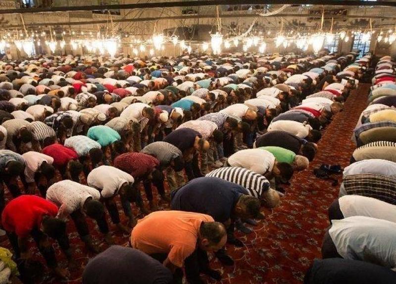 Din İşleri Yüksek Kurulu'ndan Cuma namazı açıklaması