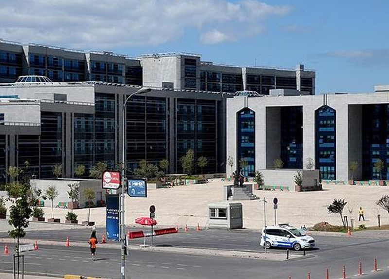 İstanbul'da bir adliye personelinde koronavirüs çıktı; mahkeme kapandı