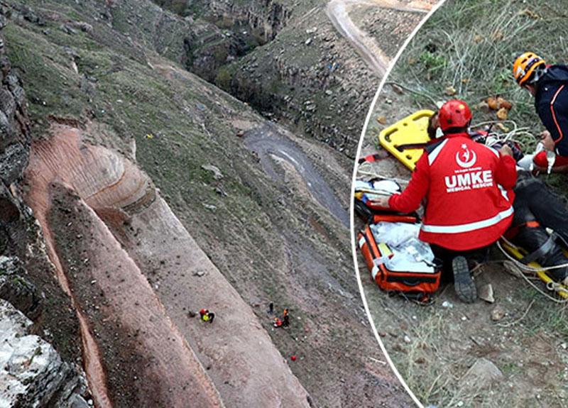 Selfie çekmek isterken kayalıklardan yuvarlandı