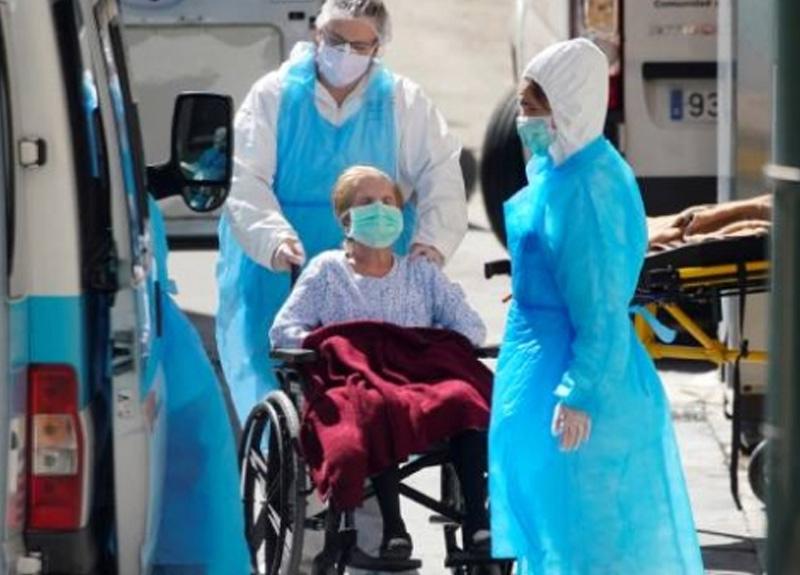İspanya'da hayatını kaybedenlerin sayısı son 24 saatte 674 artarak 12 bin 418'e çıktı