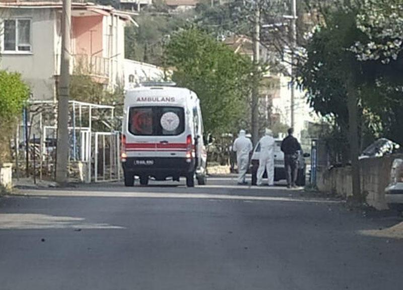 Bucak'ta 1 sokak ile 2 bloklu site, karantinaya alındı