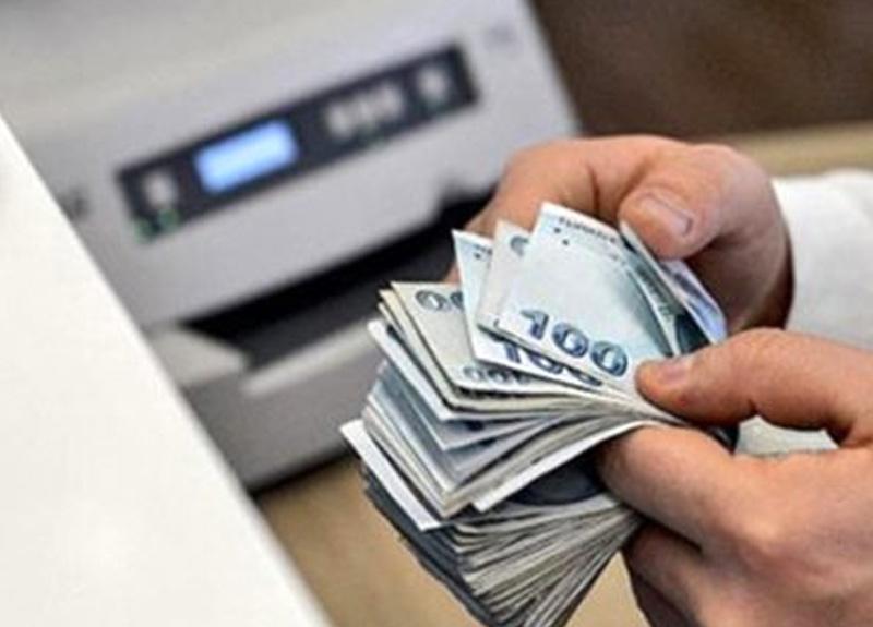 VakıfBank 305 milyon liralık kredi kartı borçlarını erteledi