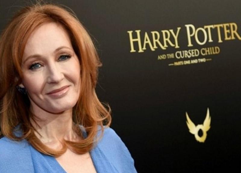 Harry Potter'ın yazarı J.K. Rowling'den koronavirüs açıklaması!