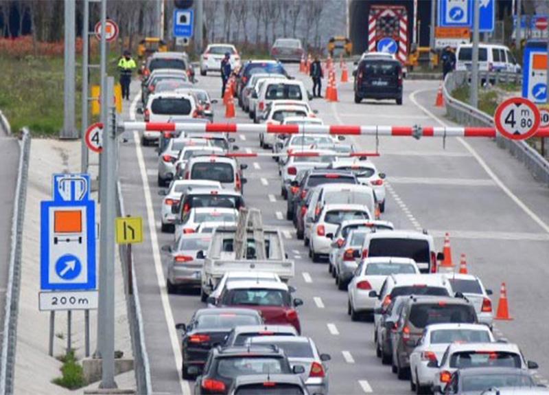 İzmir Sabuncubeli Tüneli'nde uzun araç kuyrukları oluştu!