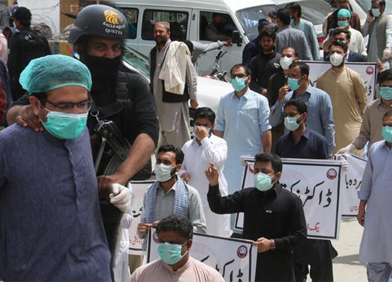 Pakistan'da son 24 saatte 577 koronavirüs vaka sayısı görüldü!