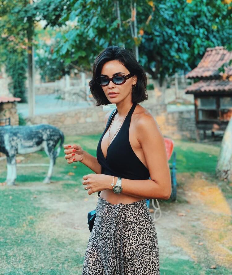 Volkan Demirel'in eşi Zeynep Sever Demirel: 'Kraliçe seçildiğim günden daha zayıfım artık'