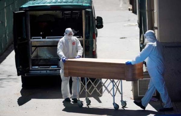 İspanya'da koronavirüs 14 bin 45 can aldı! Tabut siparişleri yetişmiyor!