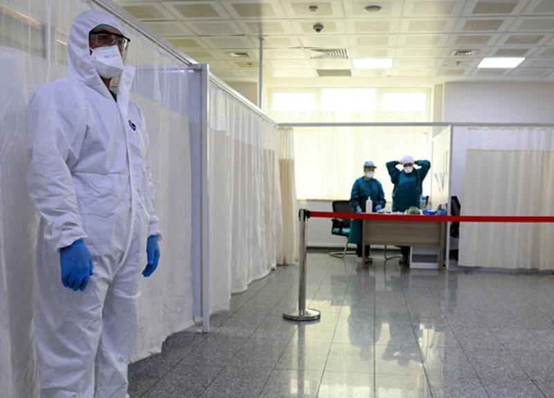 Pandemi hastanesinde koronavirüs şüphelileri bu aşamalardan geçiyor