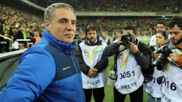 Fenerbahçe teknik direktörü için o isim işaret edildi!