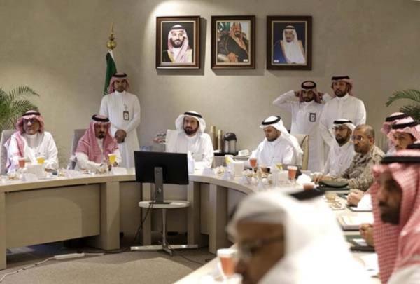 Suudi Arabistan kraliyet üyesinde koronavirüs şoku!