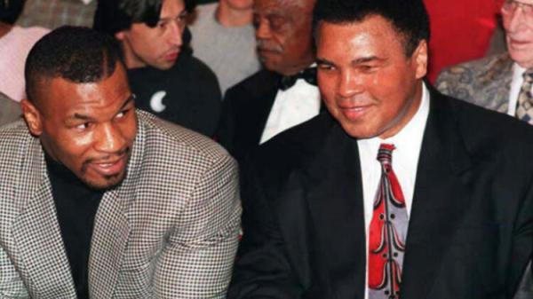 Boks tarihinde bir ilk! Mike Tyson, Muhammed Ali ve Floyd Mayweather...