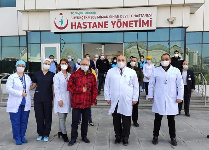 64 yaşında diyabet hastası Prof. Dr. Özyaral koronavirüsünü yendi