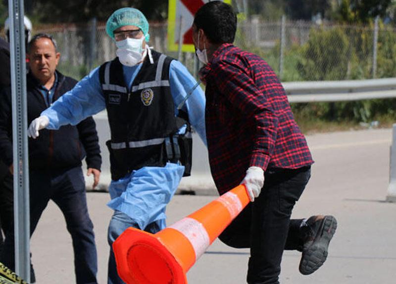 Adana'da dehşet anları! Koronavirüs testi pozitif çıkınca boğazına cam kırığı dayayıp kaçtı