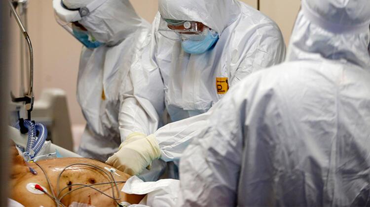 Hong Konglu bilim adamları: 'Salgın temmuza kadar kontrol altına alınamaz'