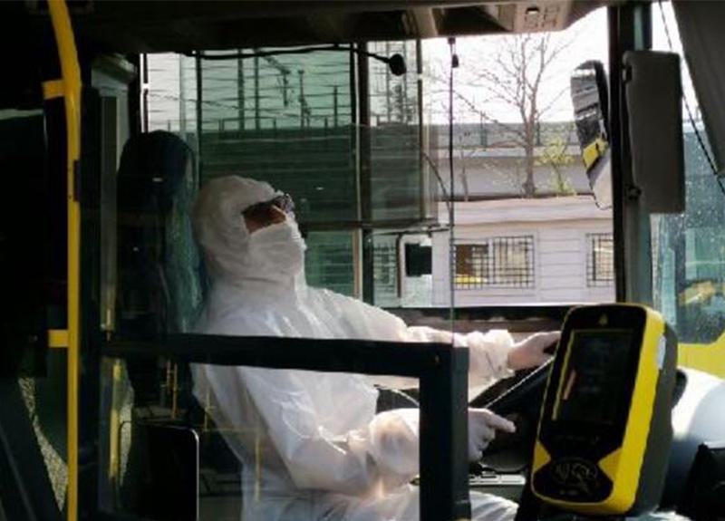 İstanbul'da koronavirüs kararı! Metrobüs şoförleri tulum giyiyor!