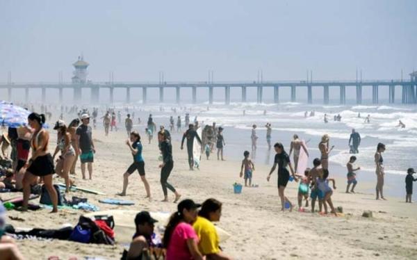 Güney Californiya plajları doldu taştı!