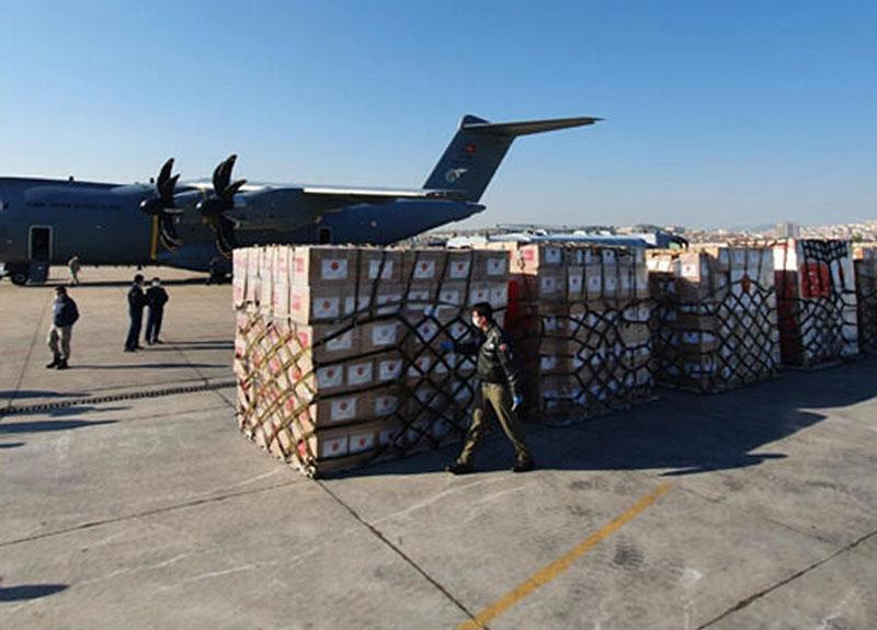 Türkiye ABD'ye yardım malzemeleri gönderiyor! Kargoların üzerindeki not dikkat çekti