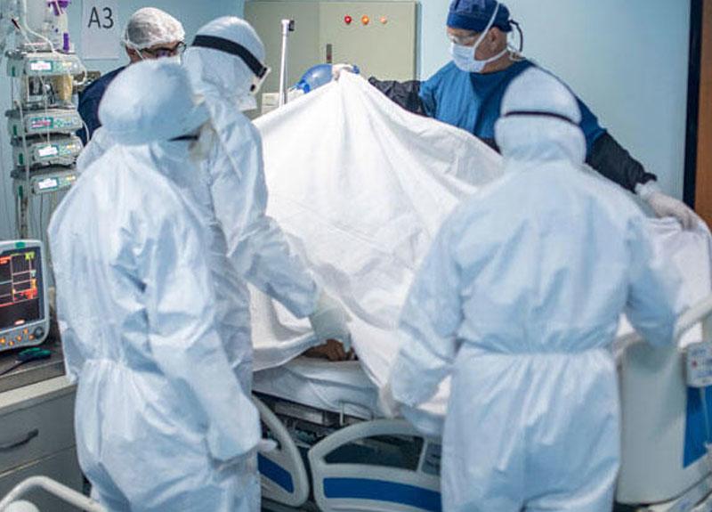 Sağlık Bakanı Fahrettin Koca koronavirüse yakalanan sağlık çalışanı sayısını canlı yayında açıkladı