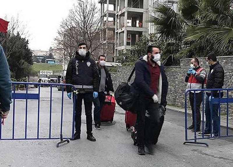 Gençlik ve Spor Bakanı Mehmet Muharrem Kasapoğlu yurtlarda karantinada olan kişi sayısını açıkladı