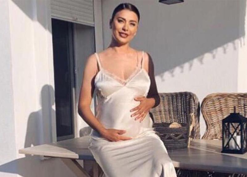 Ebru Şancı üçüncü kez anne olmaya hazırlanıyor!