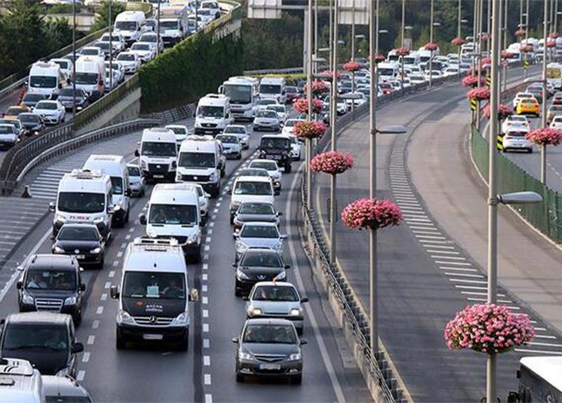 Araç sigortasında yeni dönem! Trafik poliçe vadeleri uzatıldı!