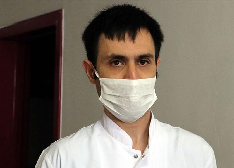 Koronavirüsü yakalanan doktor Emre Horuz hastalığı yendi ve görevine başladı