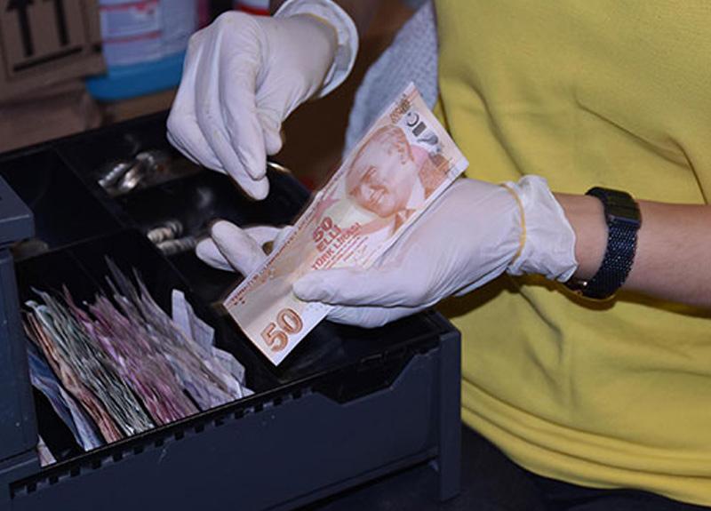 Prof. Dr. Hüsnü Pullukçu: Para sayarken parmağınızı yalamayın