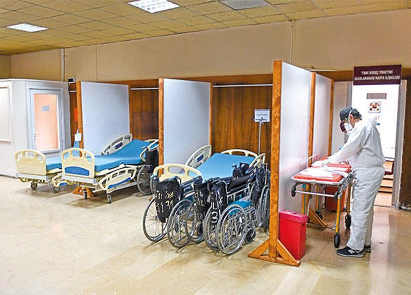 Koronavirüs hasta sayısı azalınca Çapa'da odalar boşaldı!