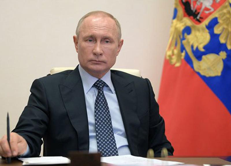 Rusya'da salgınla mücadeleye ilişkin anket düzenlendi