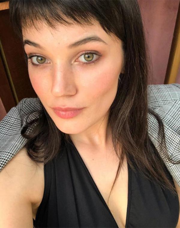 Oyuncu Pınar Deniz: 'Sosyal medya yerine kitap okumayı tercih ederim'