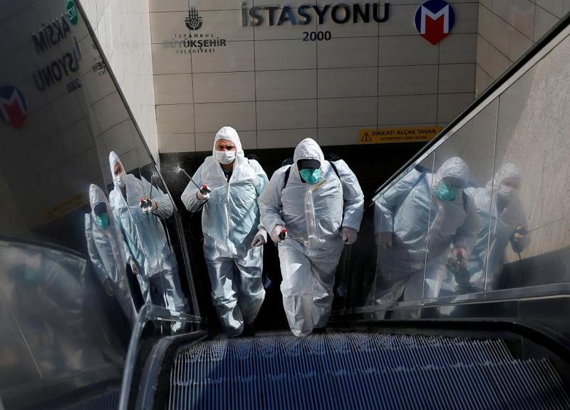 Bilim Kurulu üyesi Prof. Dr. Tevfik Özlü'den son dakika koronavirüs açıklaması