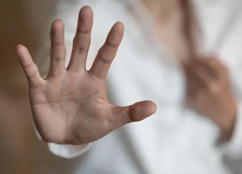 Ukrayna'da 10 yıl boyunca karısının cinsel istismarına maruz kalan adam konuştu
