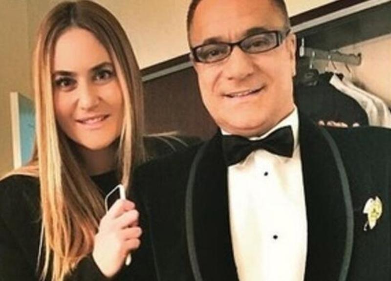 Mehmet Ali Erbil'in kızı Sezin Erbil, kızıyla ilk kez fotoğraf paylaştı