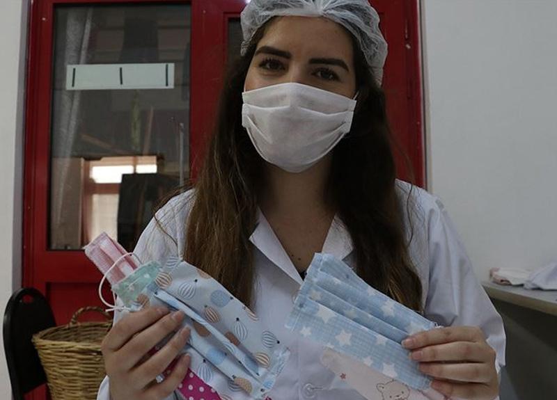 Bayramda çocuklara şeker yerine renkli maske verecekler