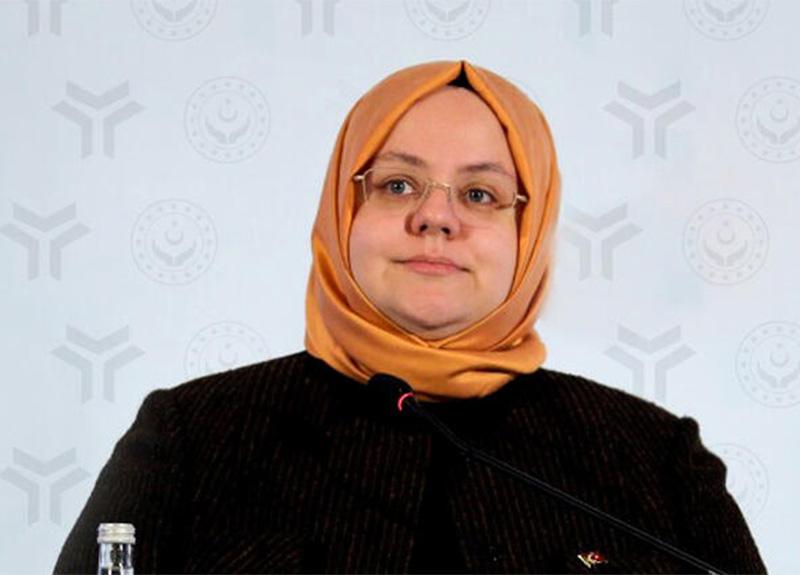 Aile, Çalışma ve Sosyal Hizmetler Bakanı Zehra Zümrüt Selçuk: '60 milyon lira hesaplara yattı'
