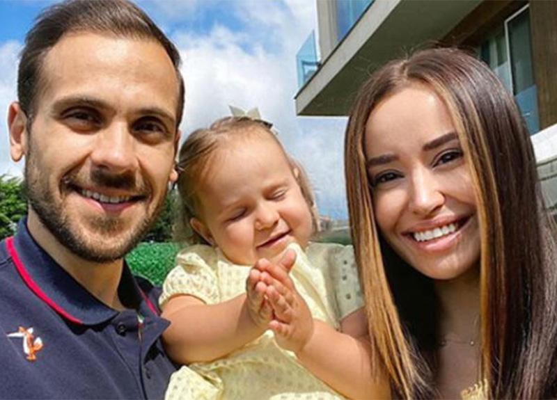 Ümit Erdim eşi Seda Erdim ile evliliklerinin 3. yıldönümünü kutladı!