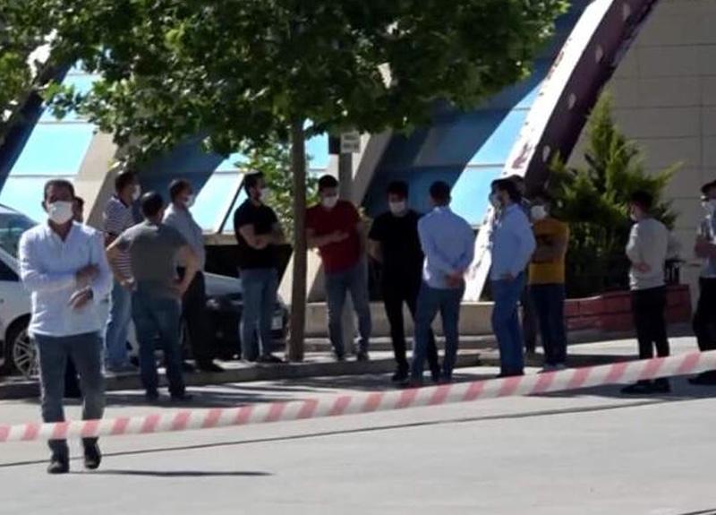 Siirt'te markette çalışan bir kişi koronavirüs sebebiyle hayatını haybetti, market karantinaya alındı
