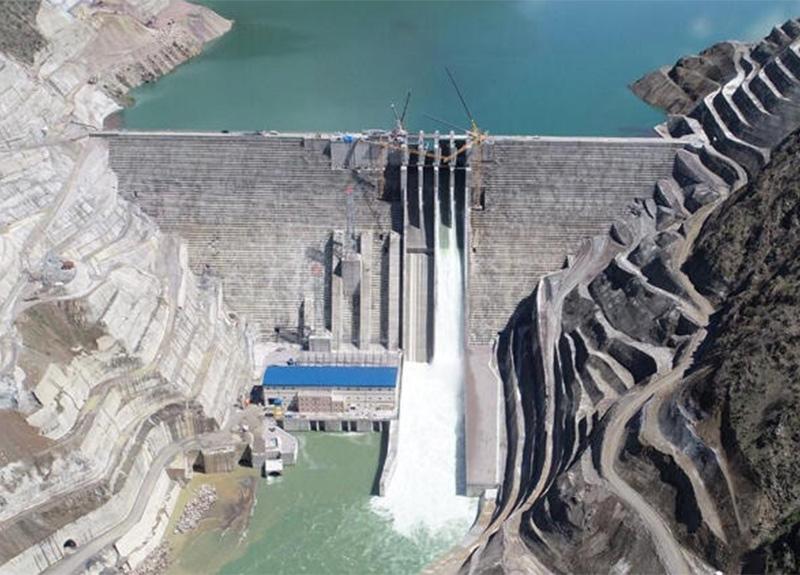 Avrupa'nın en büyük barajı olan Çetin Barajı enerji üretimine başladı!