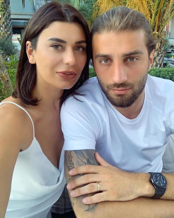 Ebru Şancı bombayı patlattı: 'Oğlumuzun sünnet düğününü şatoda yapacağız'