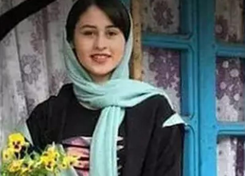 İran'da bir baba 14 yaşındaki kızını uykusunda vahşice öldürdü