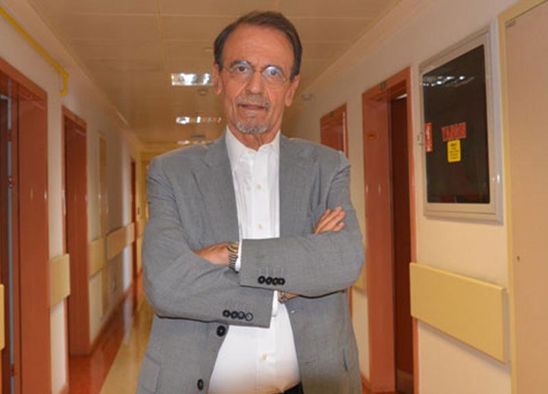 Prof. Dr. Mehmet Ceyhan uyardı: Camilerde tekbir gibi yüksek sesli konuşmalar alçak tonda yapılmalı