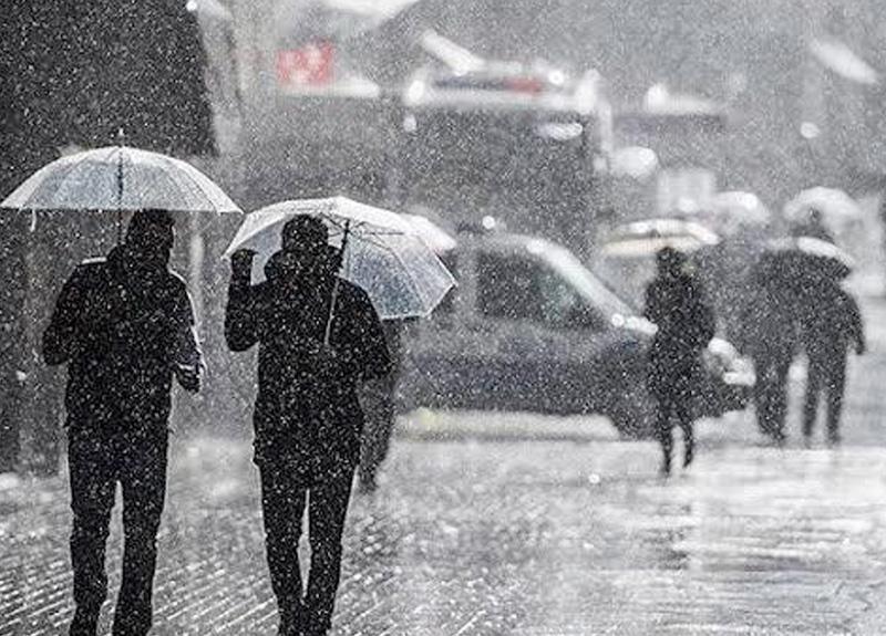 Meteoroloji, ülkede bazı bölgeler için son dakika sağanak yağış uyarısında bulundu